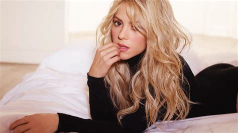 Shakira Maxy top 10 shakira songs
