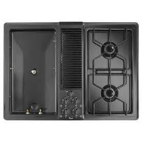 whirlpool 4 burner gas cooktop shop whirlpool 30 in 4 burner downdraft gas cooktop black