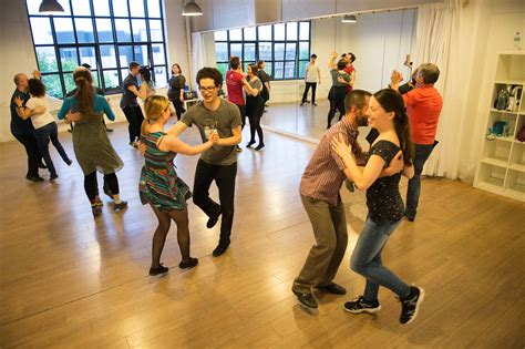 Swing Classes by Lindy Hop Charleston Swing Classes In Glasgow