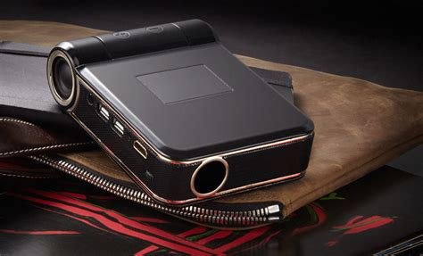 Proyektor Odin odin smart projector brings hi res projection to android