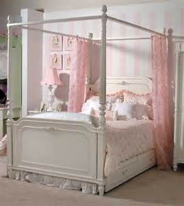 little girls canopy beds canopy beds are perfect for little s rooms wish i