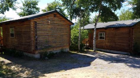 glacier trailhead cabins mt review