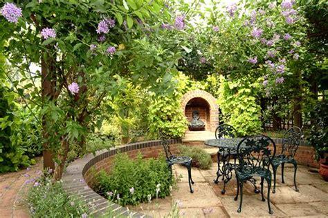 Small Garden Designs Ideas Pictures Garden Design