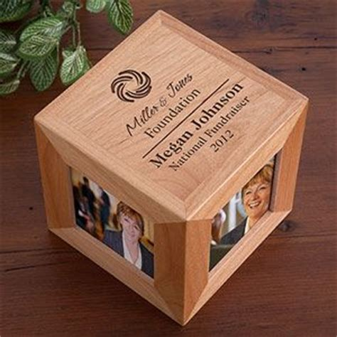 Employee Giveaways - 25 best ideas about corporate gifts on pinterest corporate giveaways corporate