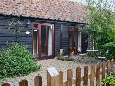 cottage breaks norfolk cottage breaks page 7 cottage holidays in