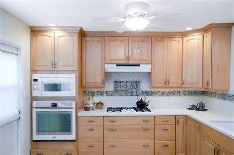 peinture cuisine bois cuisine peinture cuisine bois avec orange couleur