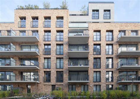u shaped building de halve maen a symmetrical u shaped apartment building
