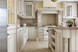White Antiqued Kitchen Cabinets Pictures Of Kitchens Traditional White Antique Kitchens Kitchen 76