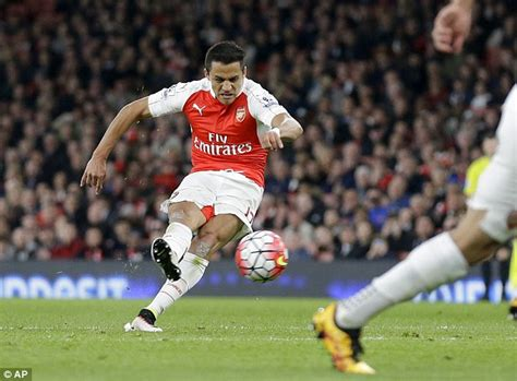 alexis sanchez kicking alexis sanchez makes the difference for arsenal daily