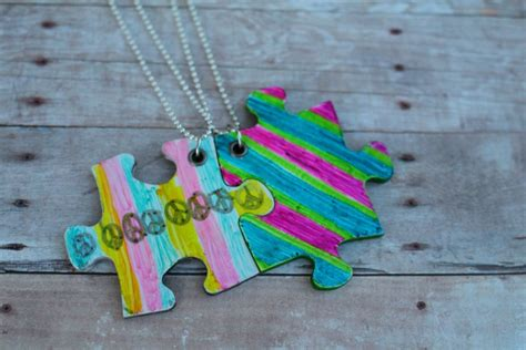 friendship craft for friendship necklace with puzzle pieces kid craft