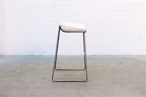 Steelcase Turnstone Scoop Stool by Dc36 1 Scoop Bar Stool By Turnstone Egans A Shift In