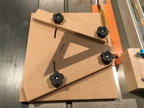 Sled Jig For Cutting Segmented Rings By Rockmolsen