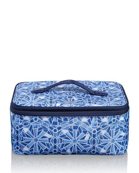 Tile Tile Kosmetik tumi voyageur moroccan blue tile travel cosmetic