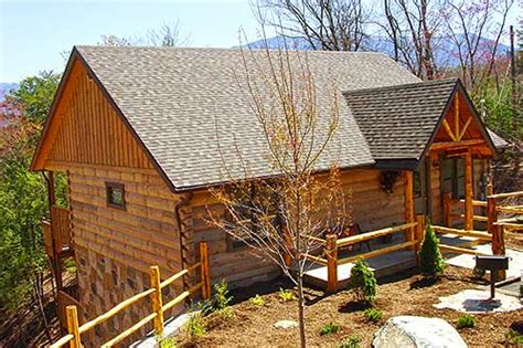 Gatlinburg Tn Log Cabins by Quot A Wolf S Den Quot Gatlinburg Log Cabin In Gatlinburg Tn