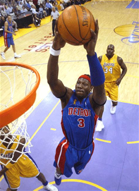 2004 Mba Finals by Lakers Beat Pistons Even Nba Finals At One Each