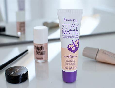 Rimmel Stay Matte Foundation foundation for fair skin rimmel stay matte liquid mousse