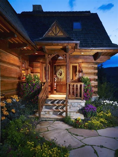 relaxshacks com thirteen tiny dream log cabins and a pin by kelly bennett on dream homes inside and out
