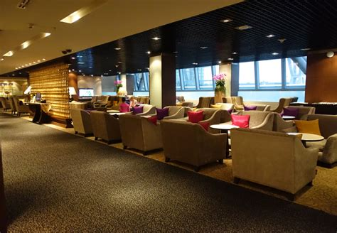 Thai Airways First Class Lounge and Spa Bangkok Review ...