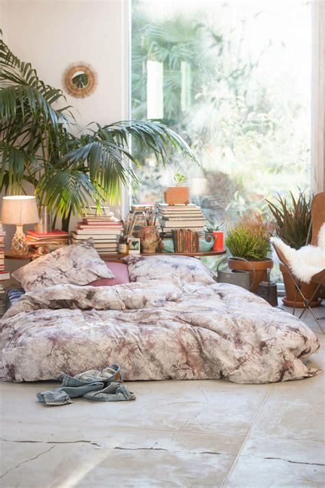 bed and living 31 bohemian bedroom ideas decoholic