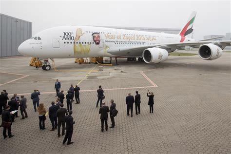 emirates recruitment jakarta emirates negotiates to buy 16b of a380s business the