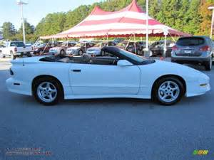 1995 Pontiac Firebird Convertible 1995 Pontiac Firebird Convertible In Bright White Photo 6