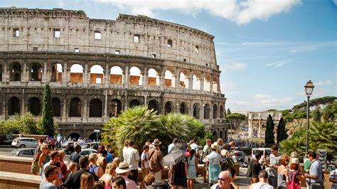 wann wurde das kolosseum erbaut kolosseum tickets f 252 hrungen getyourguide
