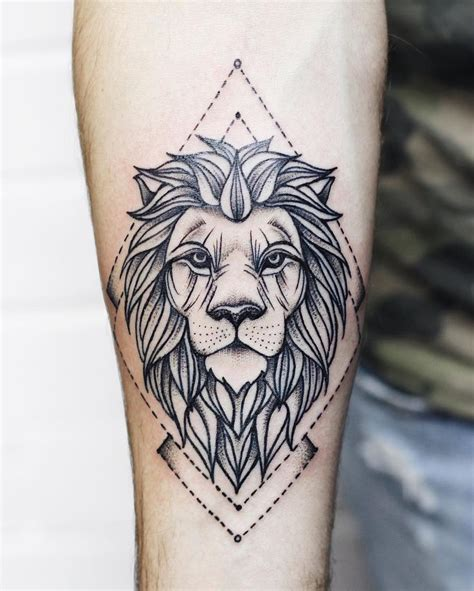 minimalist tattoo lion 270 best images about epiderme on pinterest lion tattoo