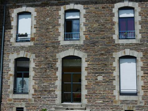 Maison Volets Gris Anthracite by Les R 233 Alisations En Menuiserie De Belles Baies Rennes