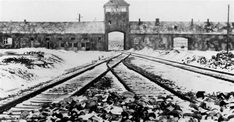 S Day Uk 2018 Holocaust Memorial Day 2018 Special Events Will Take Place Across Uk And The World To Remember