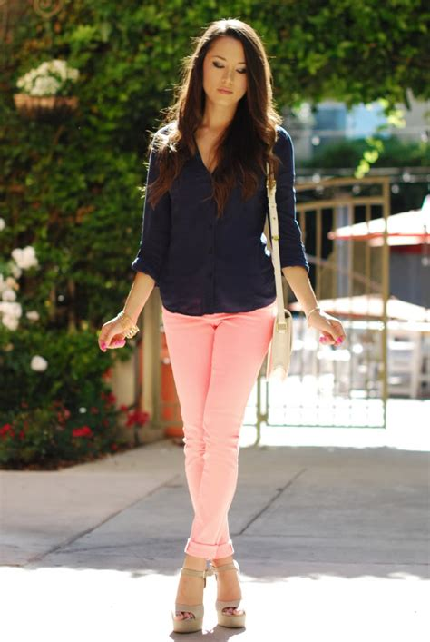 what to wear with light pink pants 12 ways to wear colored jeans 2018 become chic