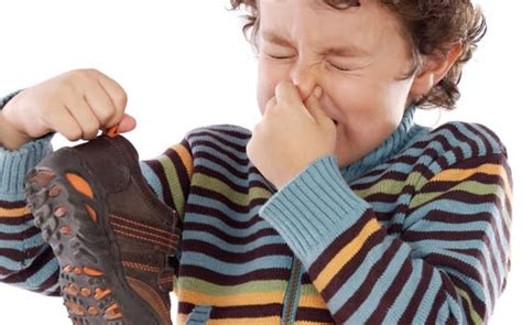 my room smells bad bad smell in shoes best way to remove shoe odor best air fresheners