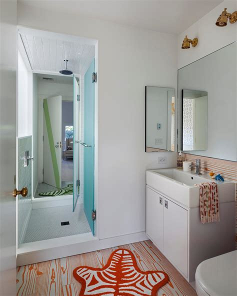 jack jill bathroom photo page hgtv
