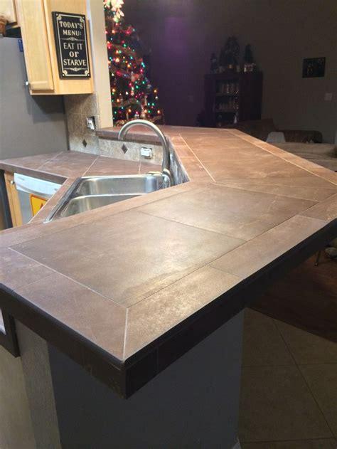 kitchen countertop tiles ideas 42 best images about countertops on bar tops countertops and tile