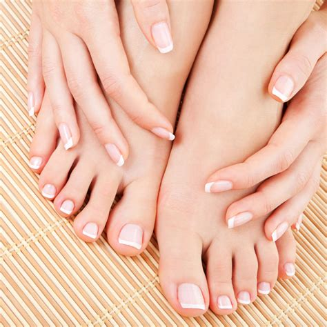 Foods That Help To Get Beautiful Nails