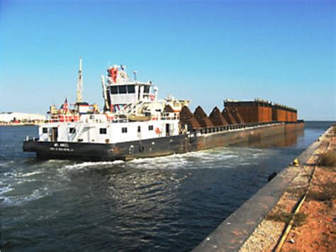 tug boat for sale louisiana 2005 inland hopper barges and tug powerboat for sale in
