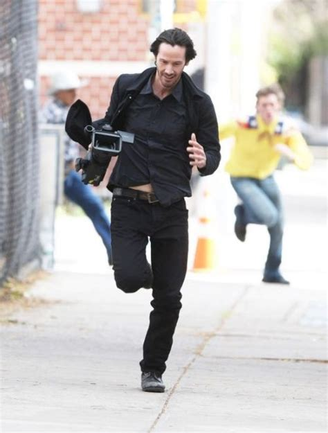 Keanu In With Paparazzo by Keanu Reeves Runs Away With Stolen Paparazzi 4 Pics