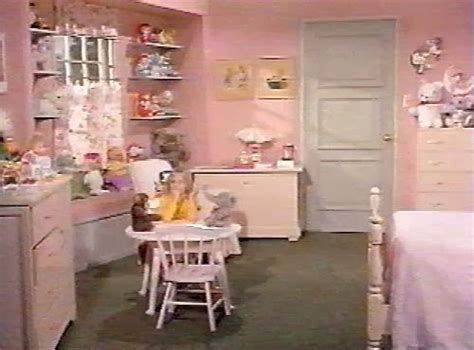 bewitched house tour leslie anne tarabella bewitched house tour leslie anne tarabella