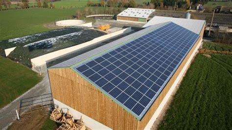 Hangar Photovoltaique Agricole by Terre Net Magazine N 176 26 Un Bel Avenir Pour Le