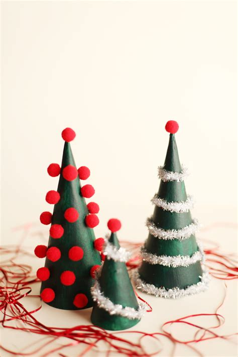 contempory xmas tree toppers to make diy modern tree decorations alyssa and carla