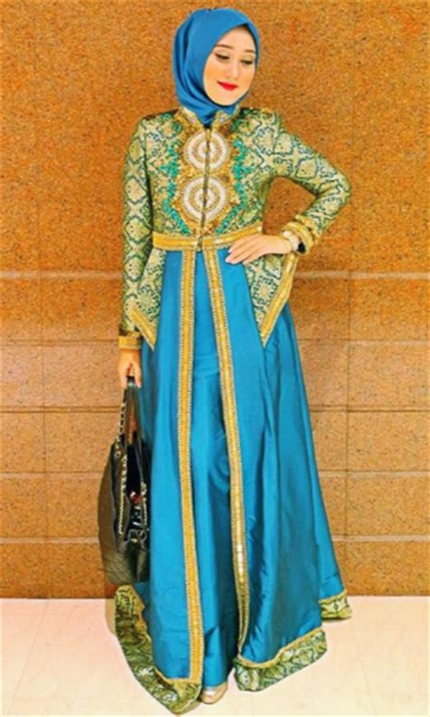gaun batik desain dian pelangi model gaun pesta muslim mewah dan elegan terbaru 2018