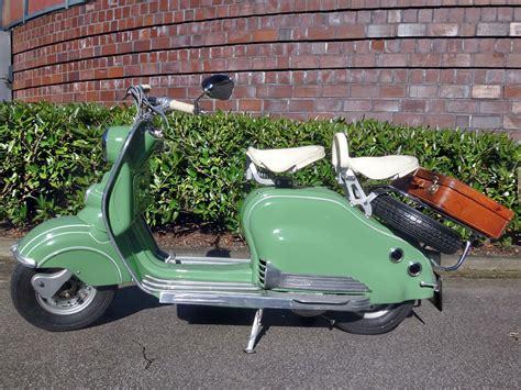 Roller Im Motorrad Look by Die Addie Henkel Stiftung