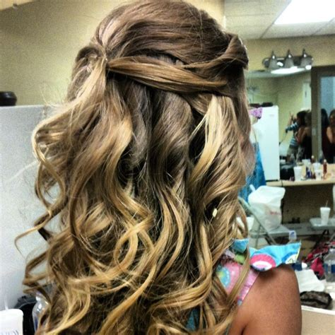 hairstyles ideas for junior bridesmaid 14 best communion hairstyles images on pinterest