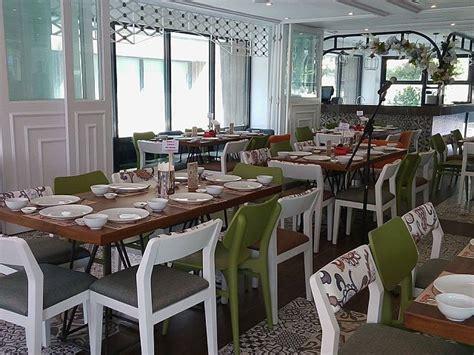 function rooms in cebu restaurants homegrown lechon brand opens third restaurant in cebu cebu daily news