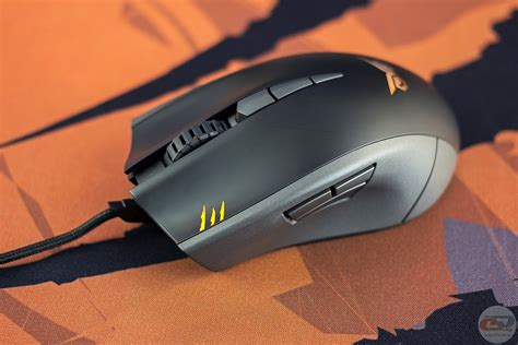 Mouse Asus Strix Claw review and testing of gaming manipulator asus strix claw and mouse pads asus strix glide