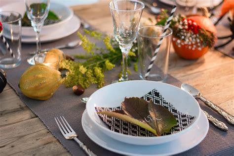 Blumen Tischdeko Einfach by Herbstliche Tischdeko Einfach G 220 Nstig