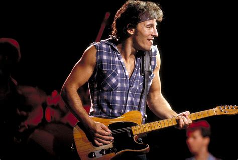 bruce springsteen fan bruce springsteen gives 9 year fan most rocking and