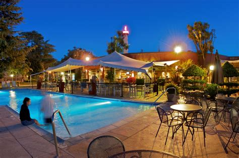 santa hotel flamingo conference resort spa santa rosa ca sonoma