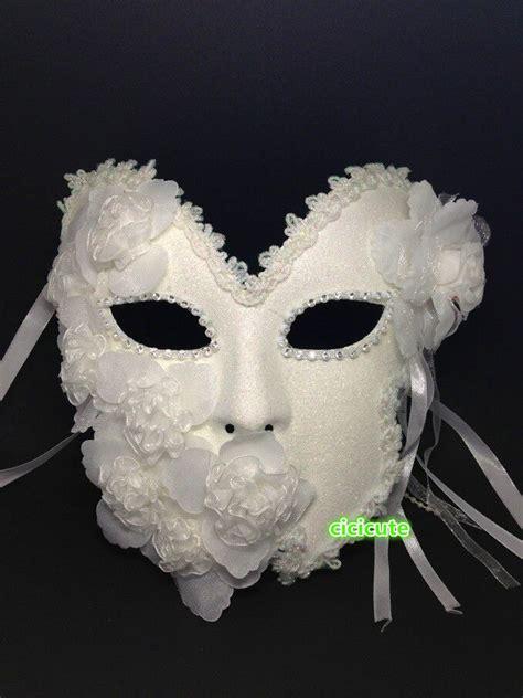 Masker Komedo Uh Mask Flower venetian princess white glitter masquerade mask