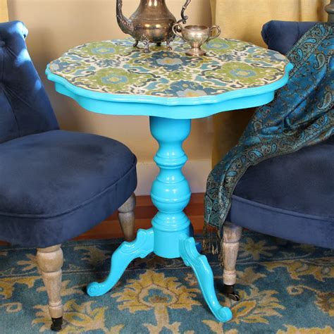 Decoupage Table Top With Fabric - diy decoupaged fabric table makeover shelterness