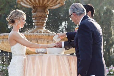 5 easy unique wedding ceremony traditions http wedding spot 2014 02 19 5 easy